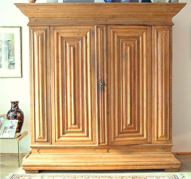 frankfurter wellenschrank um 1750 die kunst und antiquit tenb rse. Black Bedroom Furniture Sets. Home Design Ideas