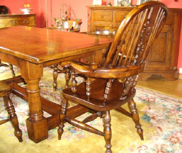 esstisch mit 8 st hlen die kunst und antiquit tenb rse. Black Bedroom Furniture Sets. Home Design Ideas